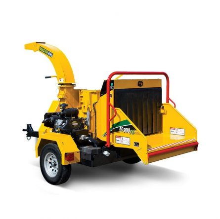 """Trailer mounted 9"""" wood chipper"""