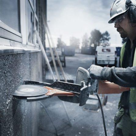 """Electric Cut-N-Break Concrete Saws - 9"""""""